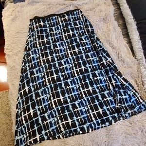 Beautiful black, white & turquoise Eloquii skirt